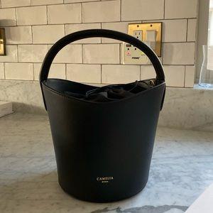 Camelia Roma Bucket Bag Black Leather